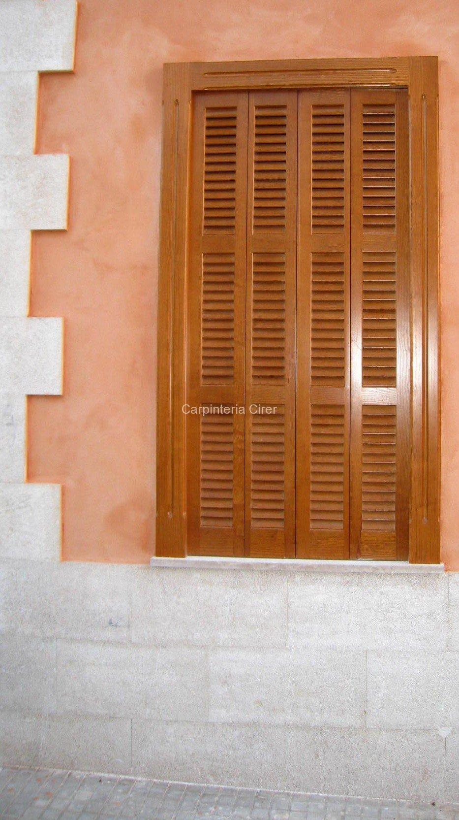 persiana madera cirer